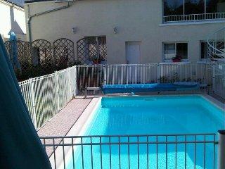 Gite 4* 4/6 personnes avec piscine chauffee