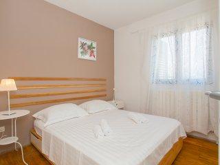 Sea view family apartment, Lumbarda