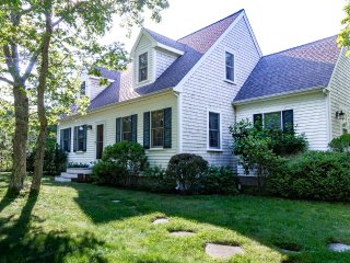 KEAND - Cape Cod Village House,  Upscale furnishings, Central A/C, WiFi, 20 Minu