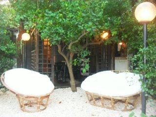 Casa vacanze con giardino e orto tra Etna e mare a 6 km. Relax vicino Taormina.