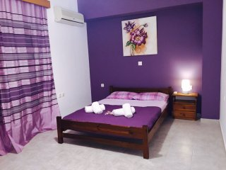 ILIANA Apartment, Afando