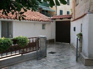 Teuta apartment Split ***