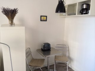 Charmant studio en plein centre historique, Aviñón
