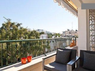 Ben Yehuda/Nordau – Spacious 2 Bed & Balcony