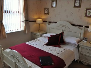 Brook House Double En-suite Room 4