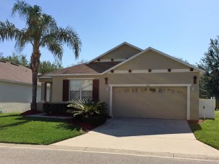 Legacy Park 4 Bedroom Villa-Close to Disney 334A, Davenport