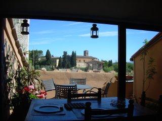 casa torre con terrazzo, Colle di Val d'Elsa