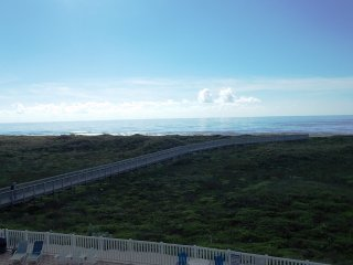 Grand Caribbean 3007, beachfront 2 bedroom condo, Port Aransas