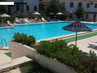 2 BED 2 BATH Holiday villa with communal pool, Kuşadası