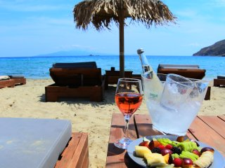 See Mikonos Relaxing Villa with private parking, Ano Mera