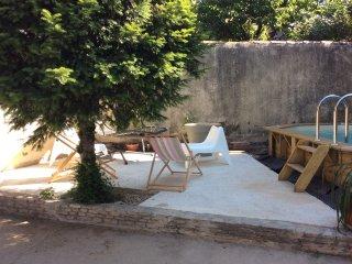 appartement de charme avec piscine, Nîmes