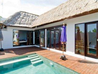 Nice villa Adel for rent in Bali, Ungasan