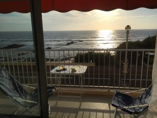 Balcon vue mer superbe, parking, wifi, garage velo