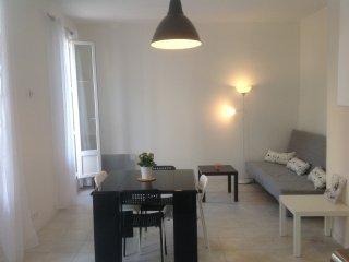 3***  T2  40m² plein sud BALCON VUE DEGAGEE, Marseille