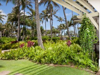 Villa 115 Beach Level 3 Bed Ocean and Pool Views, Kahuku