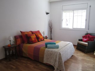 FIRA APARTMENT *GRAN VIA II * ADSL WIFI FREE