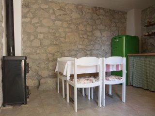 Dalmatian House In Quiet Surroundings, Makarska