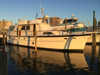 50' Hatteras motor  yacht  Florabama Marina, Orange Beach