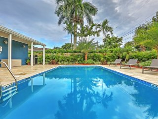 Contemporary & New 4BR Oakland Park House w/Wifi, Private Pool, Spacious Deck & Grill - Great Location Near Wilton Manors & Fort Lauderdale - Beaches, Restaurants & Much More!