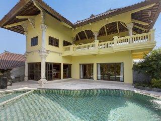 Villa Paradise, A/C,WiFi, Private Pool, Nice Views, Ubud
