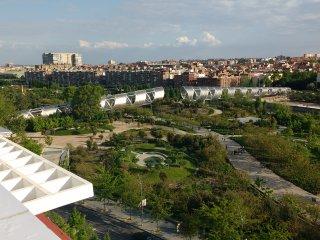 Apartamento 'MadridRio', 4 Dormitorios, 'Puente-Toledo', 'Piramides'