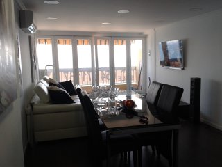 Wonderful modern apartment  overlooking the  beach, Almunecar
