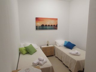 Caparica's Sunshine GuestHouse