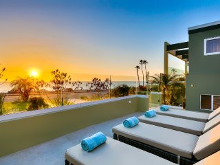 Redondo Ocean Retreat, Sleeps 12, Redondo Beach