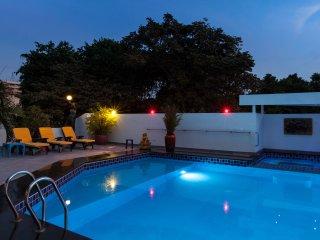 5 Bed - Gym,Pool, Central Phratamnak
