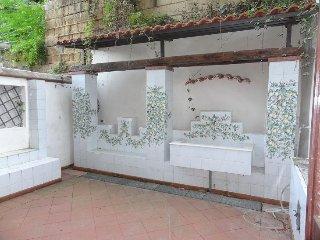 Casa con giardino vista mare, Naples