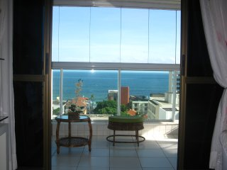 2-bed with sea view close to Barra beach