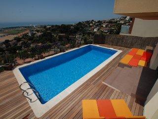 Villa Miramar - fabulosas vistas al mar, piscina, wifi., Santa Susanna