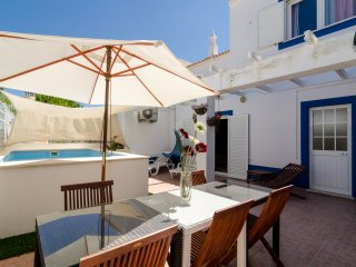 Villa V4 with small Private Pool, Armacao de Pera