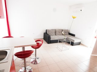 Villa Mona - Roz 133, Razanj