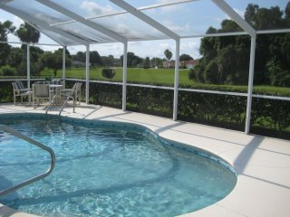 3 Bedroom/ 2 Bathroom Villa at Golf Course, Hernando