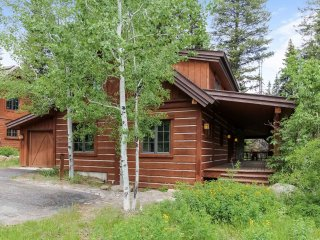 Discovery Chalet 250, Donnelly