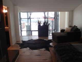 Luxury 5-bedroom modern ultimate chalet, Big White