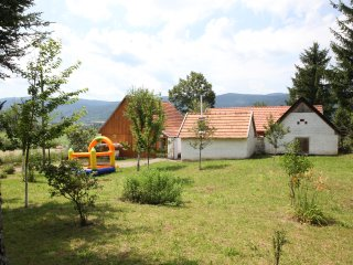 "Lovely apartments ""Taheli"" near Plitvice Lakes, Plaski"