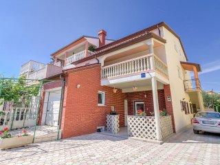 Apartment Pavičić A3 (2+2) - sea view, Fazana