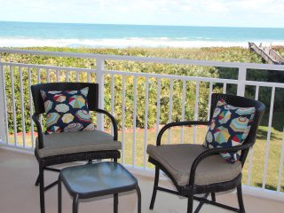 Villa Sophia, Oceanfront Retreat at the Beach