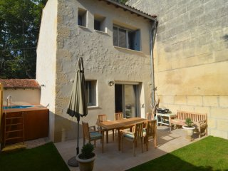 House of Character. Two Bedroom/Two Bathroom, Tarascon