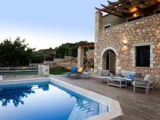 Villa_Nicolas-luxury home, Plaka, Almyrida