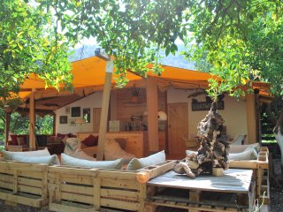 Eco glamping the Compound, Campo Portakal Cirali
