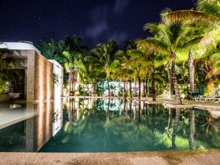 Casa Sak Tuunich|Luxury White Jungle Condo in Town, Tulum