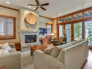 Deluxe Ground Level Condo, in Sierra Shores Lakefront Gated Community (ST31), South Lake Tahoe