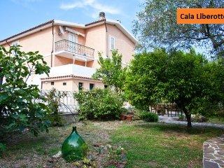 Villa Arancio ORANGE 2-rooms apart. AIR CONDIT.