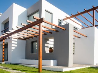 Vila, 4 bedrooms, 3 km from beach