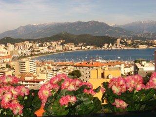 Location Vacances Corse, Climatisé 2 chambres, Vue, Ajaccio