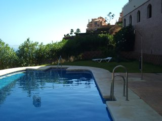 La Ermita, apartment with panoramic sea views, Calahonda