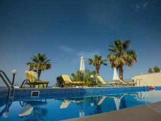 KALLINOUSA Beach Villa, Pomos